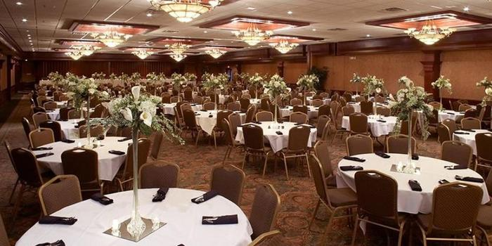 Comfort Suites Rock Garden Weddings Get Prices For Wedding Venues