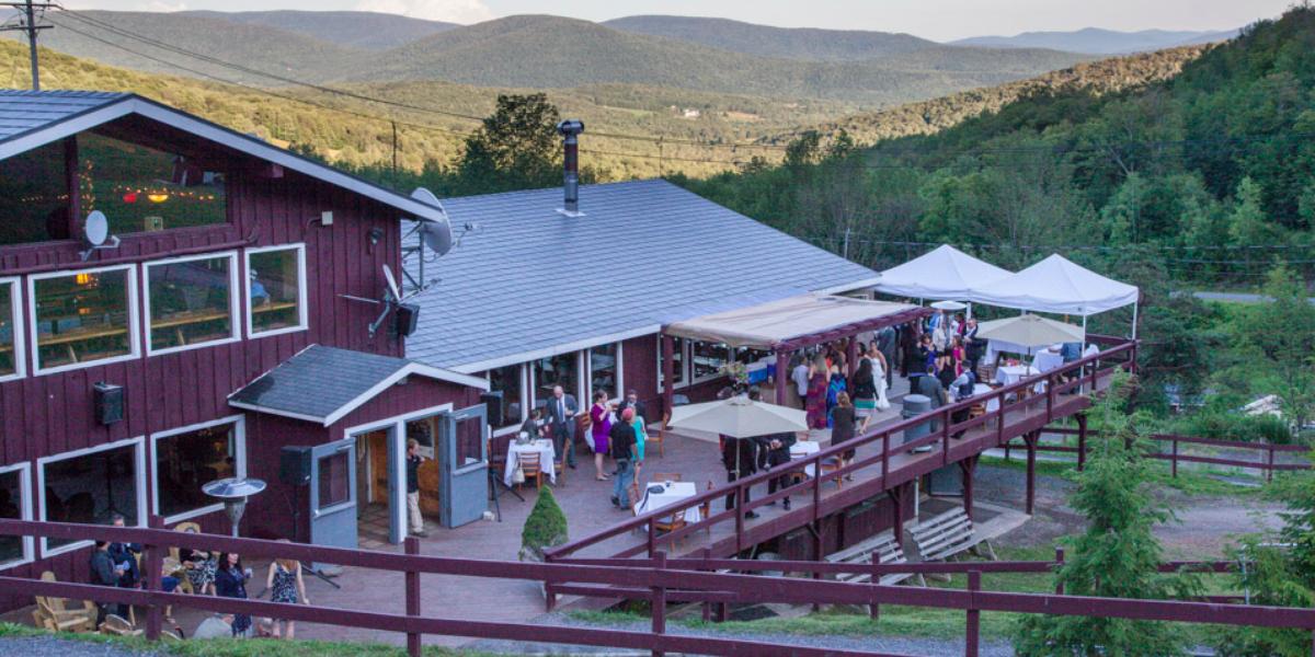 Plattekill Mountain Weddings | Get Prices for Catskill Wedding Venues in Roxbury, NY