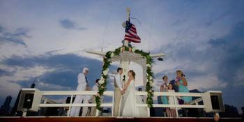 Luxury Wedding Yacht Valara weddings in Chicago IL
