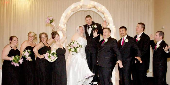 Holiday Inn Elmira Riverview Weddings Get Prices For Wedding Venues