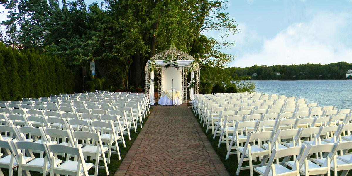 Outdoor Wedding Venues In Ny Of Windows On The Lake Weddings Get Prices For Wedding