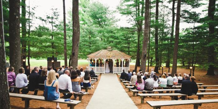 Arrowhead Acres wedding venue picture 2 of 16 - Photo by: Brianna Verdolino Photography