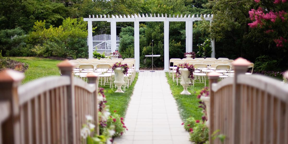 Queens botanical garden weddings get prices for wedding for Outdoor wedding venues in ny