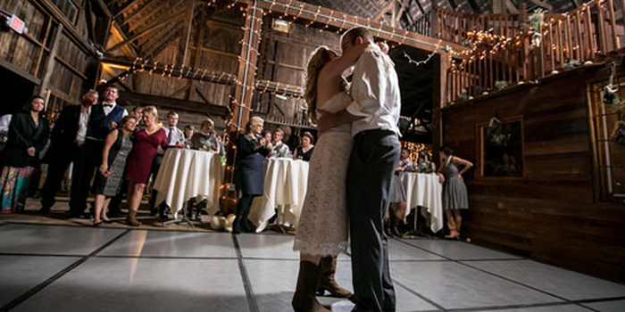 Rochester Wedding Barn & Event Venue Weddings | Get Prices ...