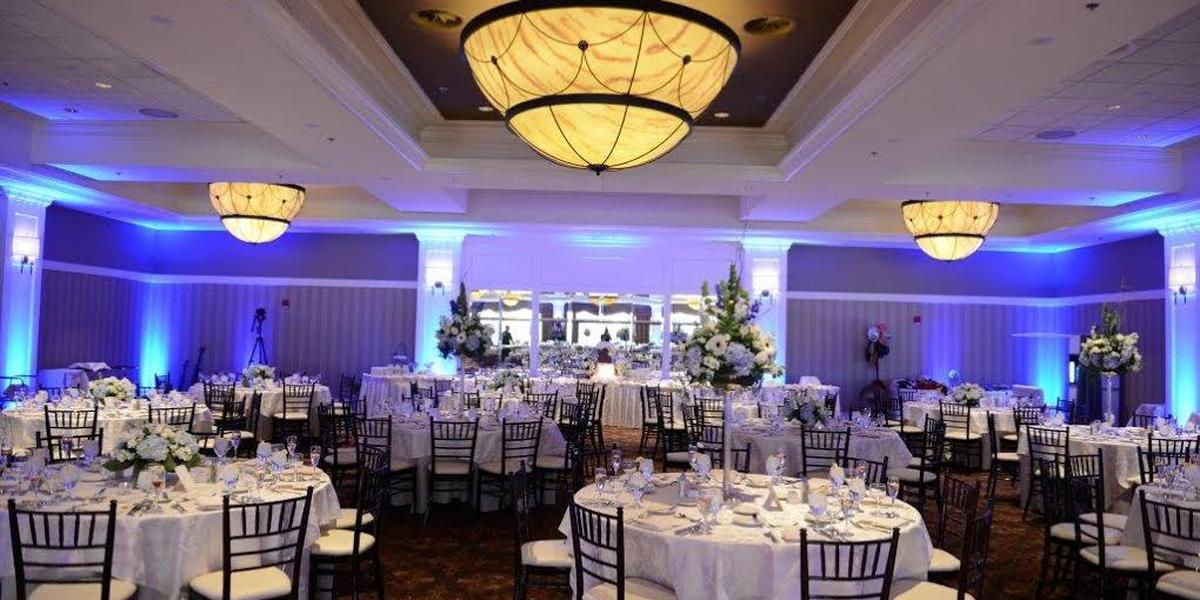 The tiffany ballroom weddings get prices for wedding for Outdoor wedding venues ma