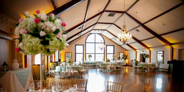 Lake Mohawk Country Club wedding venue picture 6 of 16 - Photo by: Anthony Ziccardi Studios Photography