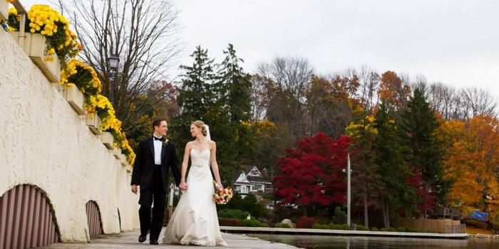 Lake Mohawk Country Club wedding venue picture 7 of 16 - Photo by: Anthony Ziccardi Studios Photography
