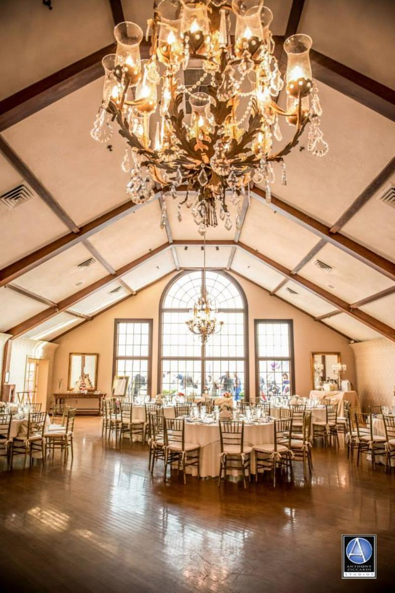 Lake Mohawk Country Club wedding venue picture 4 of 16 - Photo by: Anthony Ziccardi Studios Photography