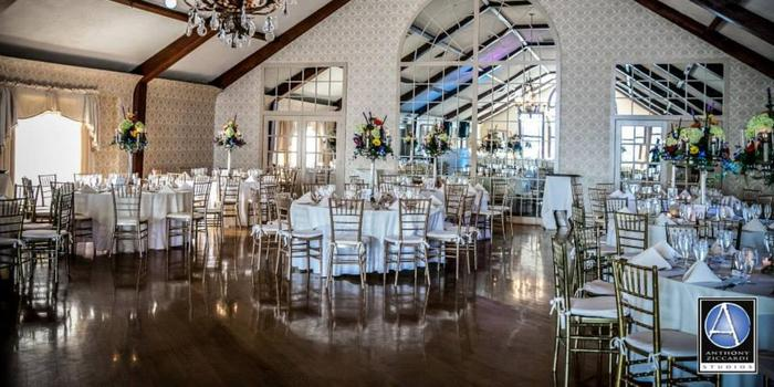 Lake Mohawk Country Club wedding venue picture 5 of 16 - Photo by: Anthony Ziccardi Studios Photography