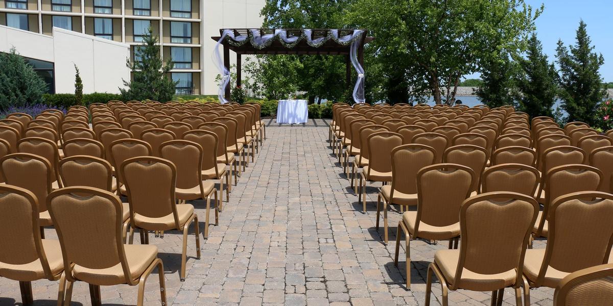 Kansas City Airport Marriott Weddings