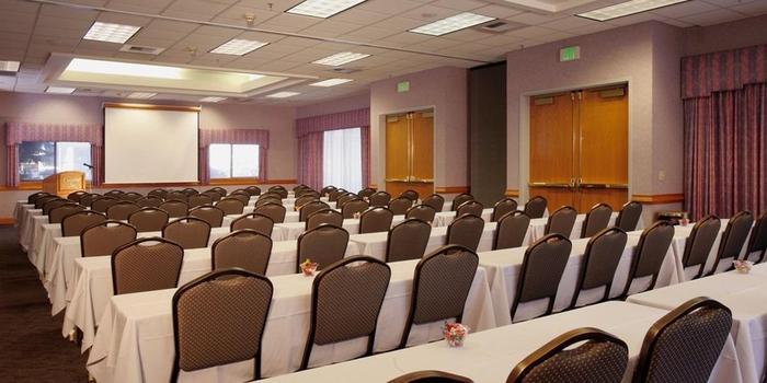 quality inn oakwood weddings get prices for wedding. Black Bedroom Furniture Sets. Home Design Ideas