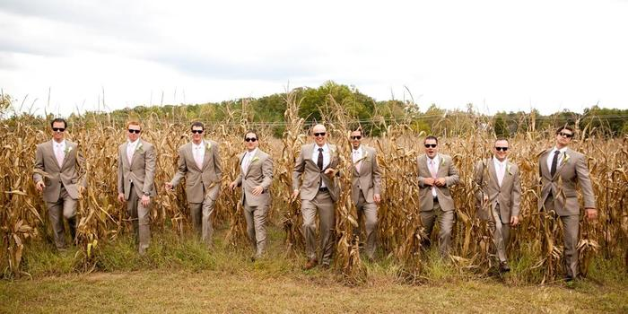 Flora Corner Farm wedding venue picture 16 of 16 - Photo by: Maria Linz Photography
