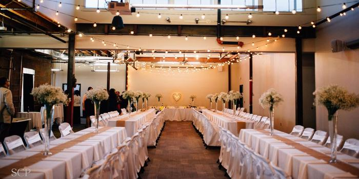 The Living Room Weddings Get Prices For Wedding Venues In Ne