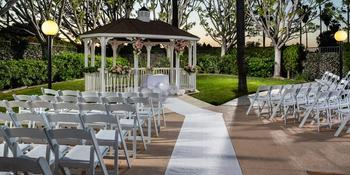 DoubleTree by Hilton Hotel Carson weddings in Carson CA