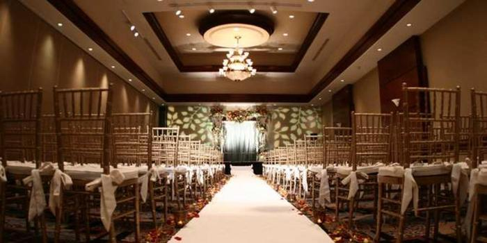 Hilton Woodland Hills wedding venue picture 1 of 16 - Provided by: Hilton Woodland Hills