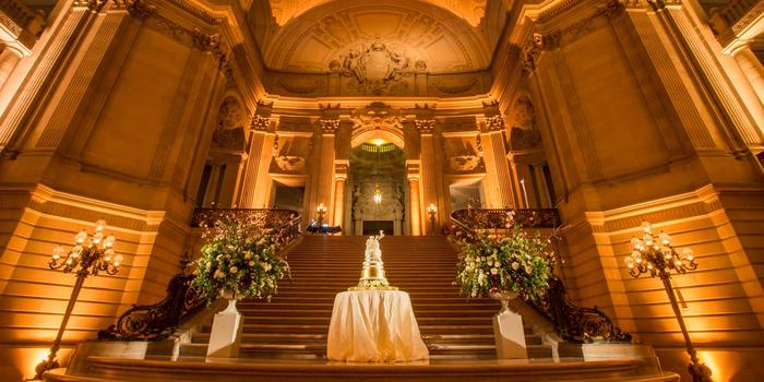 Sf City Hall Wedding Venue Picture 5 Of 8 Photo By Blueprint Studios