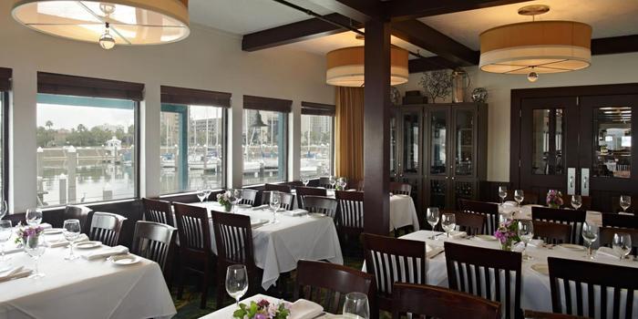 Landrys Seafood House Corpus Christi Weddings Get Prices For