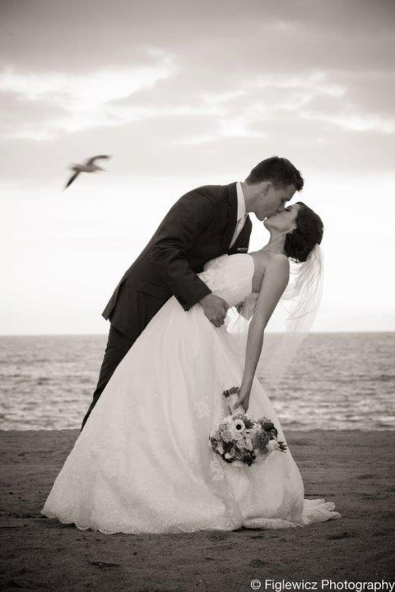 Crowne Plaza Redondo Beach and Marina Hotel wedding venue picture 12 of 16 - Photo by: Figlewicz Photography