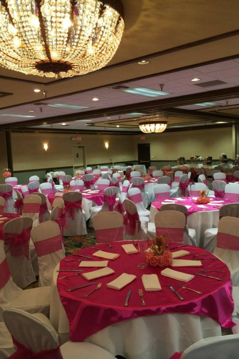 Embassy Suites Palm Desert Weddings Get Prices For Wedding Venues