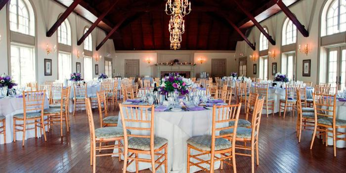 Old Field Club wedding venue picture 6 of 16 - Photo by: Turn Loose the Art Photography