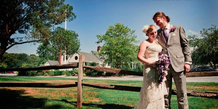 Old Field Club wedding venue picture 7 of 16 - Photo by: Turn Loose the Art Photography