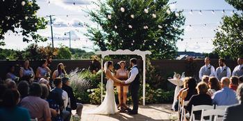 Hoosier Grove Barn weddings in Streamwood IL