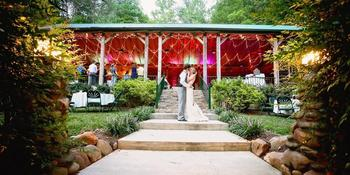 The Lily Barn weddings in Townsend TN