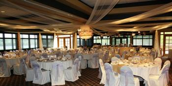 Dakota Dunes Country Club weddings in Dakota Dunes SD