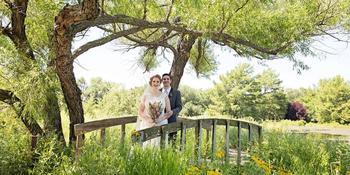 Dyck Arboretum of the Plains weddings in Hesston KS