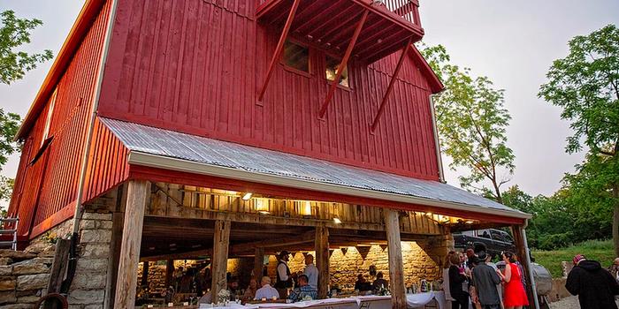 Mount Hope Barn Weddings Weddings | Get Prices for Wedding ...
