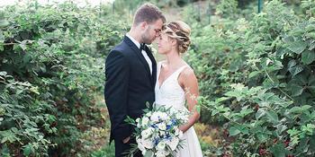 Blue Barn Berry Farm & Event Venue weddings in Syracuse IN