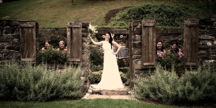 Winding Hills Golf Club wedding venue picture 12 of 16 - Photo by: Christine Studios Photography