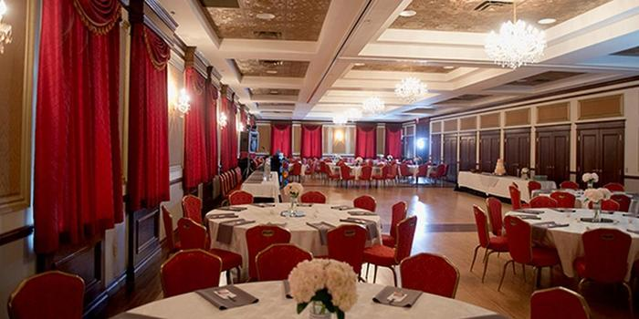 Coleman Theatre & Ballroom Weddings | Get Prices for ...