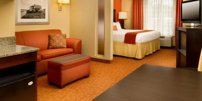 Holiday Inn Express Suites Chattanooga Downtown Weddings