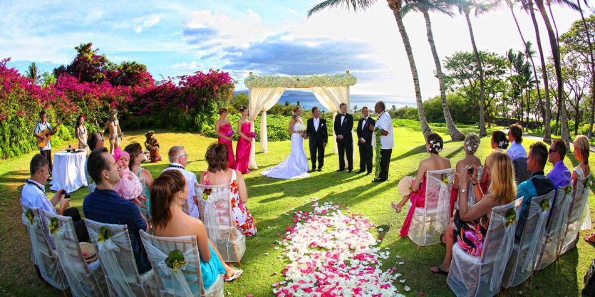 gannon 39 s weddings get prices for maui wedding venues in