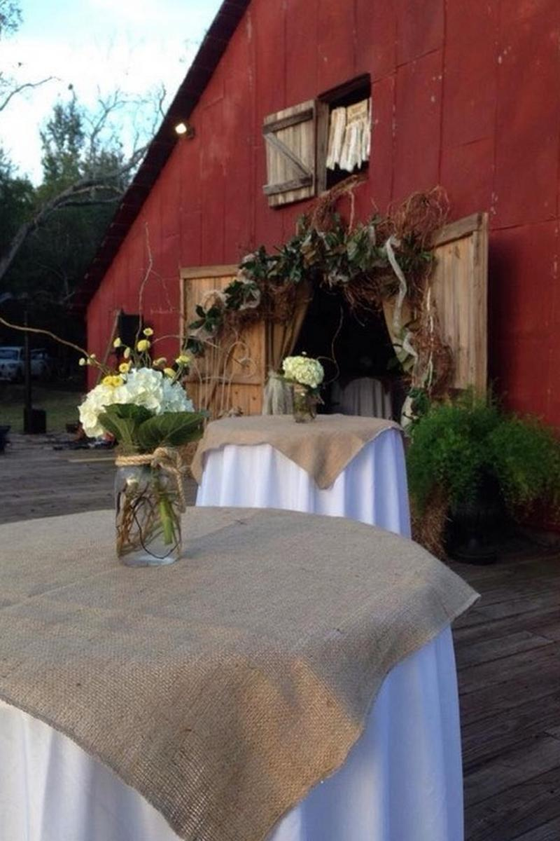 Kenny's Barn Weddings | Get Prices for Wedding Venues in AL