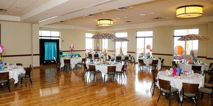 Pinstripes Oak Brook Wedding | Pinstripes Chicago Weddings Get Prices For Wedding Venues In Il