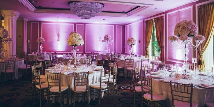 Glen Cove Mansion wedding venue picture 3 of 16 - Photo by: Jona Images