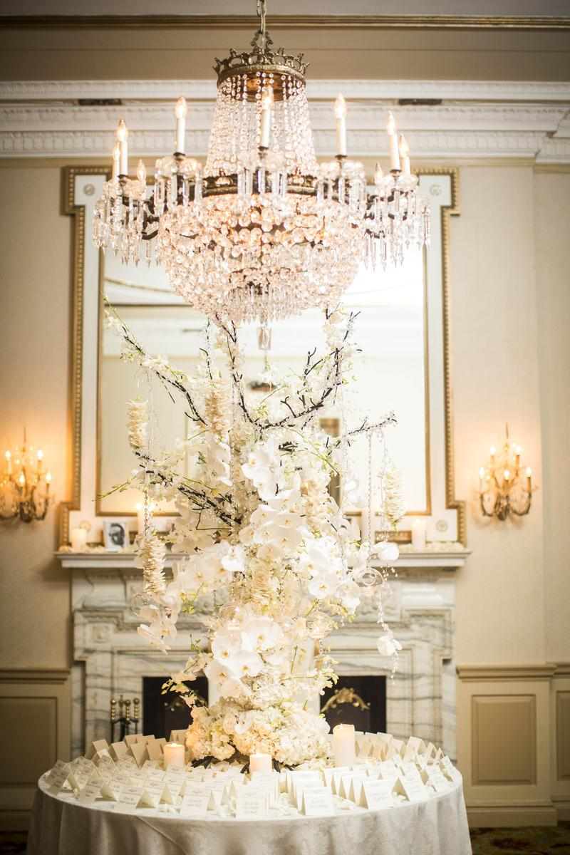 Glen Cove Mansion wedding venue picture 11 of 16 - Photo by: Jona Images