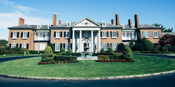 Glen Cove Mansion wedding venue picture 15 of 16 - Photo by: Jona Images