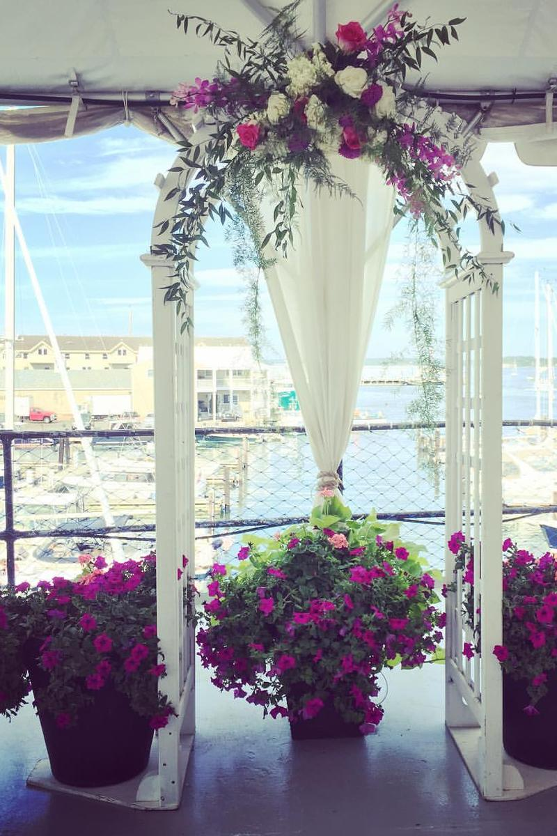 DiMillo's On the Water Weddings | Get Prices for Wedding ...