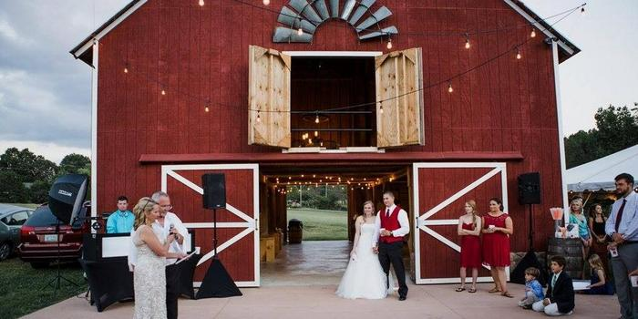 The Barn At Zenfield Weddings Get Prices For Wedding