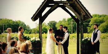 Sleepy Creek Vineyards weddings in Fairmount IL