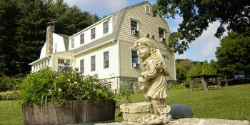 Fitch Claremont Vineyard Bed & Breakfast weddings in Bozrah CT