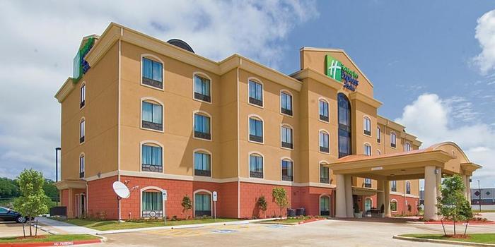 Holiday Inn Express Suites Van Buren Ft Smith Area Wedding Venue Picture 6 Of