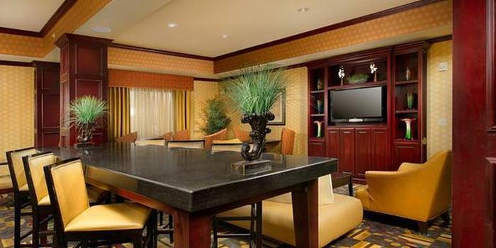 Holiday Inn Express Suites Van Buren Ft Smith Area Wedding Venue Picture 3 Of 6