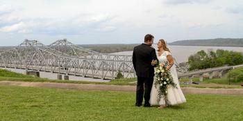Hotel Vue & The Pilot House weddings in Natchez MS