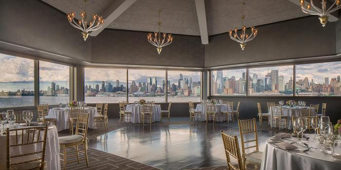 Chart House Weehawken wedding venue picture 2 of 16 - Photo by: Chart House Weehawken