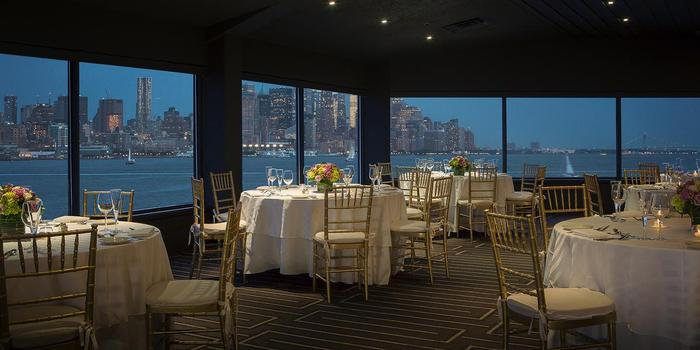 Chart House Weehawken wedding venue picture 4 of 16 - Photo by: Chart House Weehawken