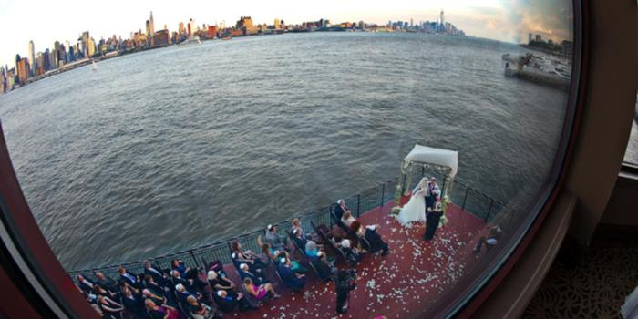 Chart House Weehawken wedding venue picture 10 of 16 - Photo by: Dean Michaels Studio Photography